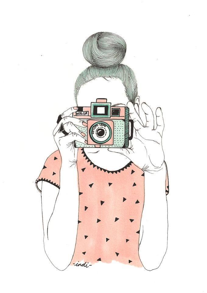Indi Maverick + illustration + ilustração + girl + photographer + pink shirt + rapariga + fotografia + máquina fotofráfica