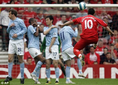Middlesbrough 8 Man City 1 in May 2008 at the Riverside. A great goal from a Fabio Rochemback free kick #Prem