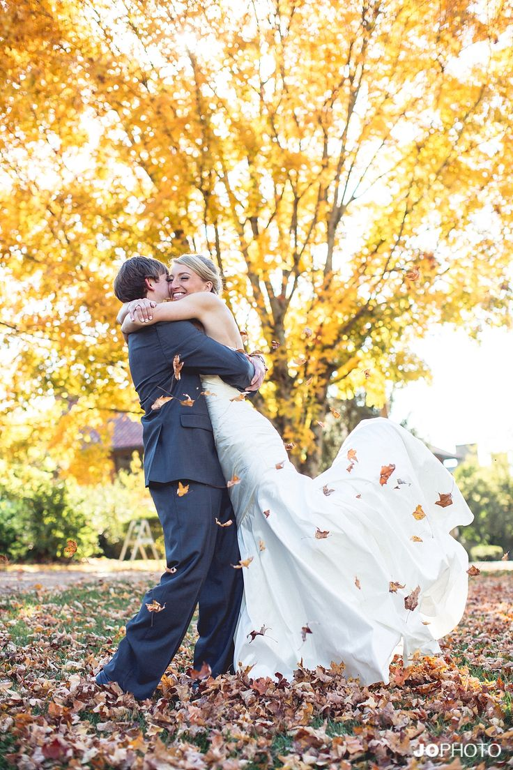 fall wedding crescent bend knoxville wedding knoxville wedding venue knoxville wedding photographer