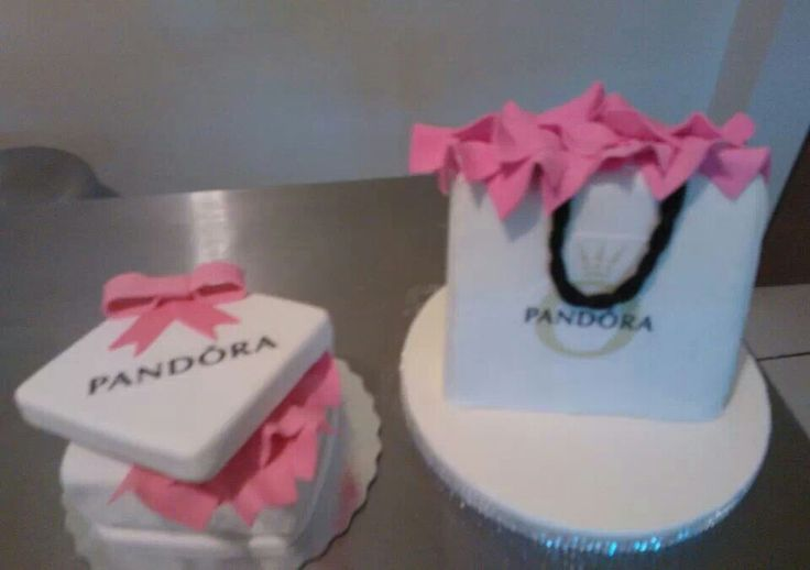 Pandora s gift bag and box cake! Decorated Cakes to ...