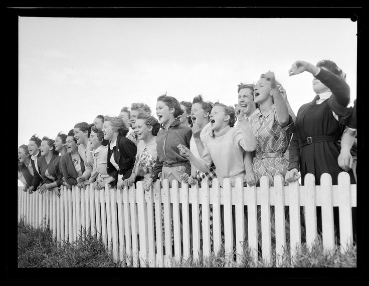Young female spectators at a baseball game in Manly. Published in Pix, October 1953. Forms part of the ACP Magazines Ltd. photographic archive including Pix magazine negatives, 1930s-1980s. Mitchell Library, State Library of New South Wales: http://www.acmssearch.sl.nsw.gov.au/search/itemDetailPaged.cgi?itemID=1122723, image no. 3. Digital order no. c004010003.