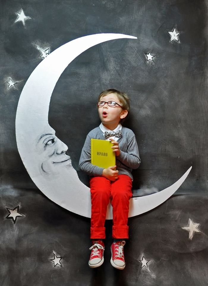 Outer space Birthday Party Photo backdrop DIY