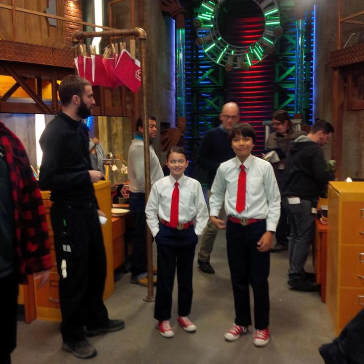 Dalila Bela and Filip Geljo on the Odd Squad set (is it just me, or does the set look really small in this picture?)
