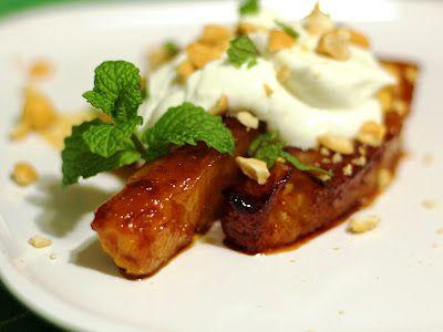 Honey Roasted Pineapple - a light, easy early summer dessert: Latin Sweet, Sweet Treats, Summer Desserts, Sweet Tooth, Light