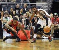 Bucks' new court too slippery, preseason game vs. Raptors canceled midway through first quarter