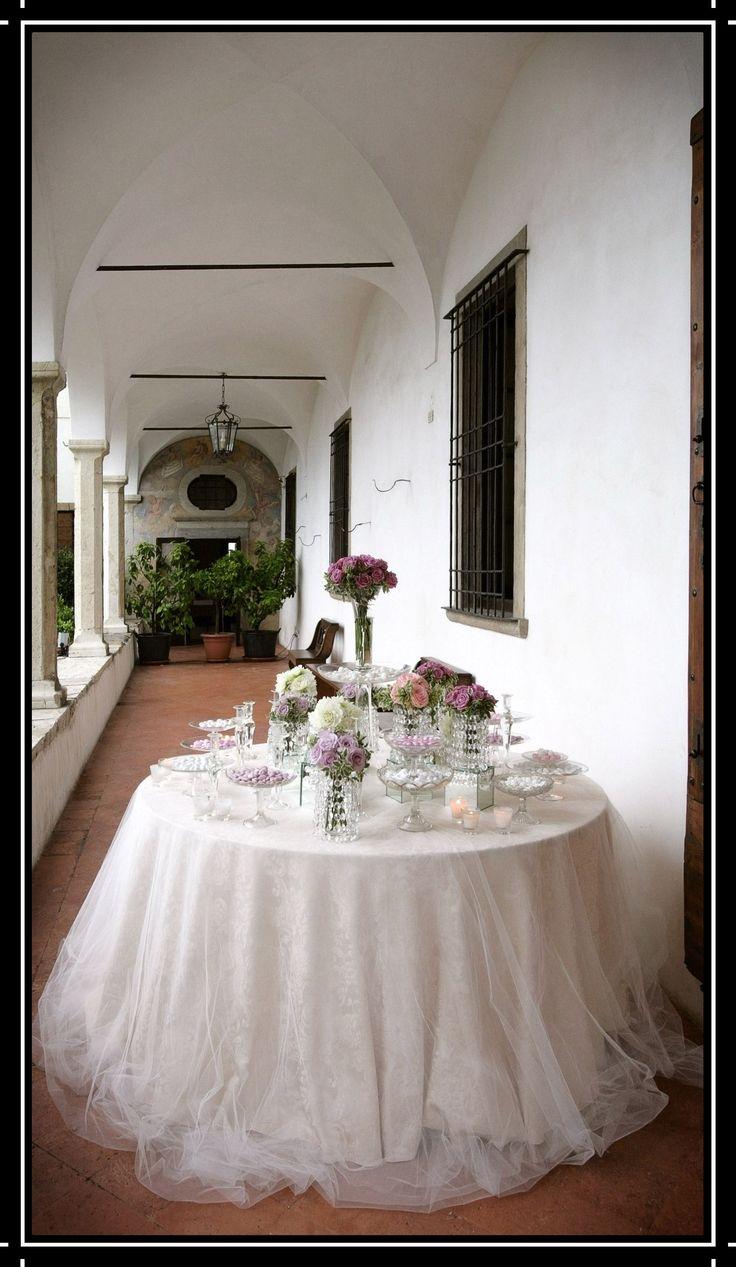 Oltre 25 fantastiche idee su fiori di tulle su pinterest - Allestimento casa della sposa ...