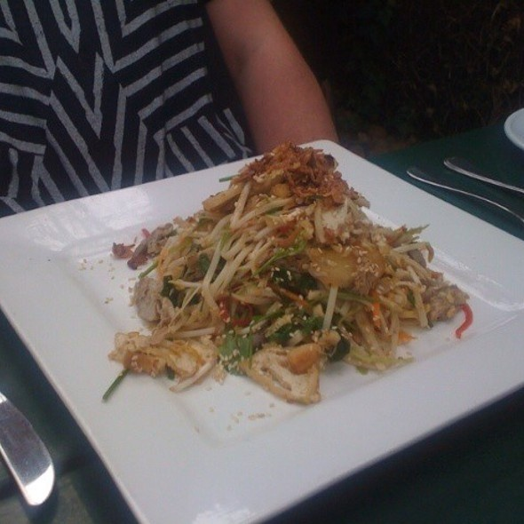 Shredded Duck Confit Salad @ The Barn Bistro, McLaren Vale, South Australia