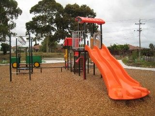 Shorten Reserve, Market St, Footscray West