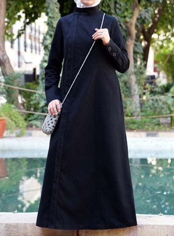 I can already imagine what i would wear with this abaya