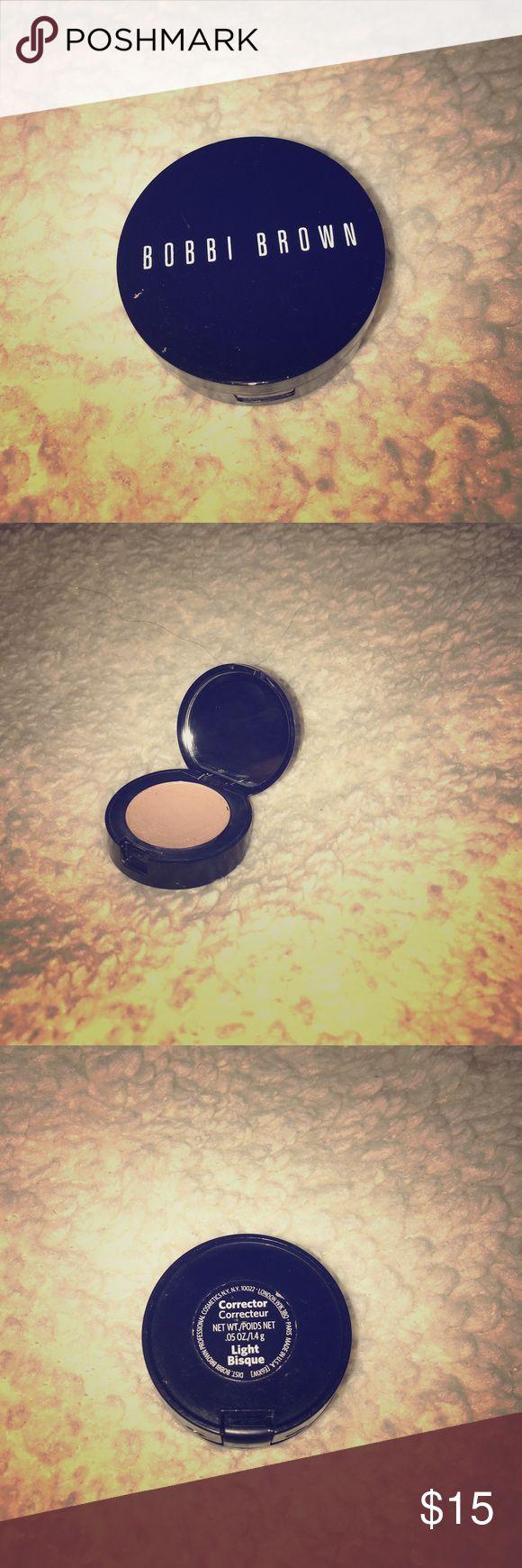 """Bobbi brown corrector concealer Bobby Brown corrector concealer in color"""" light bisque"""". Used 5 times!! Bobbi Brown Makeup Concealer"""