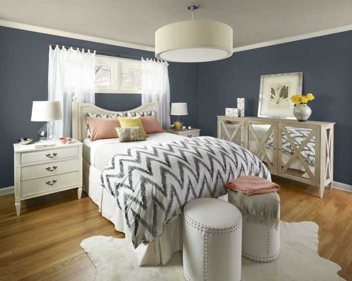 Die besten 25+ Lila schlafzimmer Ideen auf Pinterest Farbmuster - welche farben im schlafzimmer