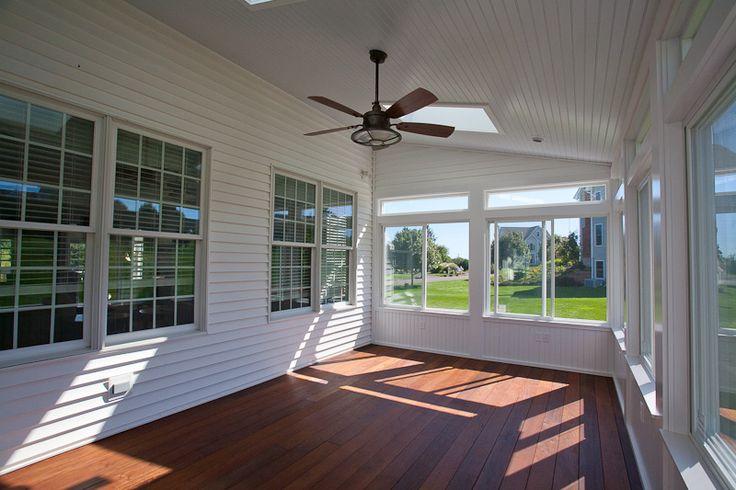 Enclosed Slant Roof Deck Side Slide Windows Hardwood