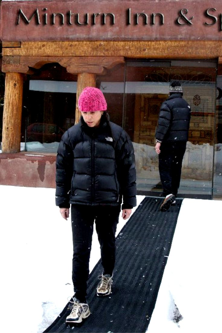 Enjoy your snow days again with Heated Snow Melting Mats! Prevent snow and ice accumulation around the home, outdoor walkways & stairs, driveways, small business storefronts, industrial facilities or commercial environments.