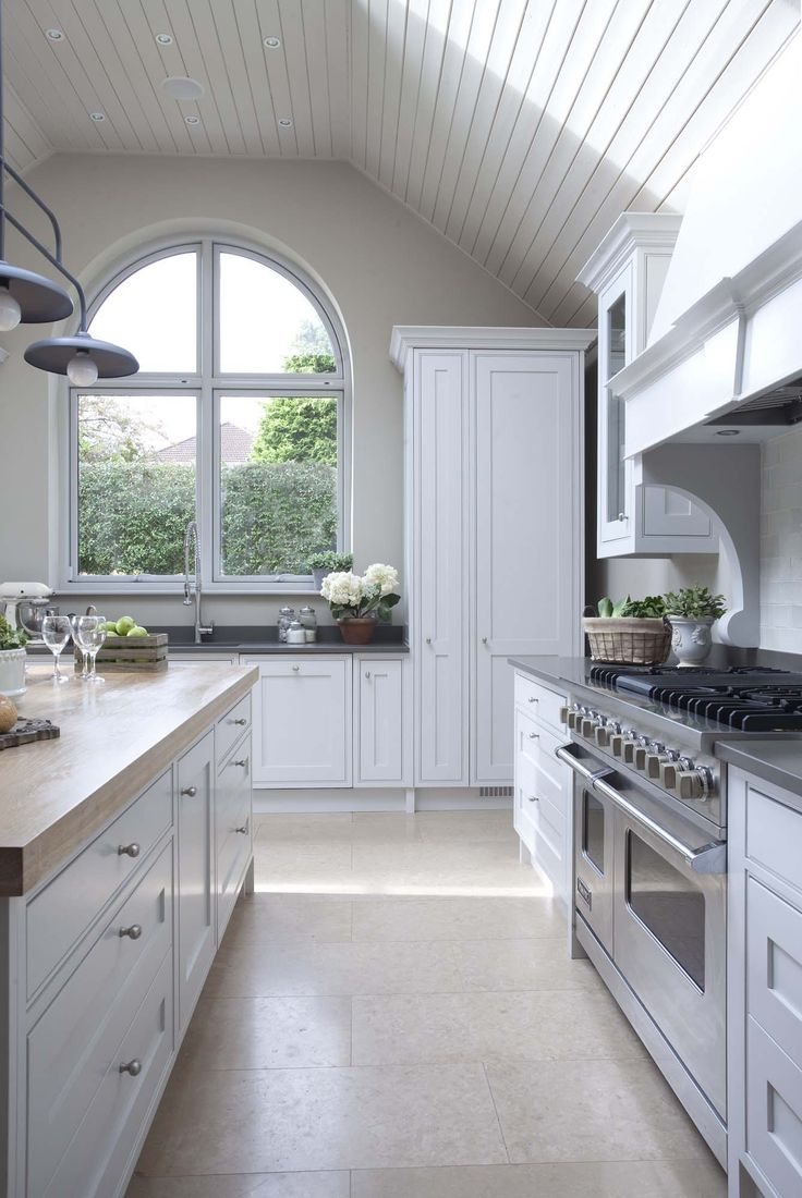 The Victorian Kitchen Company 17 Best Ideas About French Farmhouse Kitchens On Pinterest