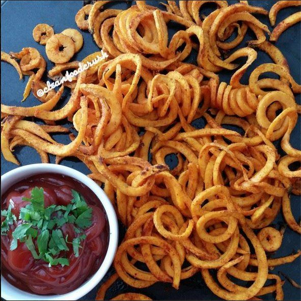 Curly Sweet Potato Fries Recipe - Copycat Arby's Using the Paderno Spiralizer | Clean Food Crush