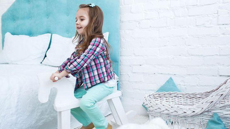 Τα παιδιά μεγαλώνουν τόσο γρήγορα ώστε το σχέδιο και τα έπιπλα του δωματίου τους να μην ταιριάζουν με την ηλικία και την προσωπικότητά τους και η ανακαίνιση παιδικού δωματίου να είναι αναγκαία. Το παλιό θέμα χαρακτήρων κινουμένων σχεδίων μπορεί να φαίνεται πολύ
