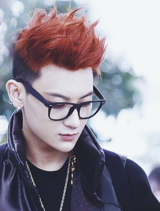 Tao..The specks Nice! I really like this look on him.