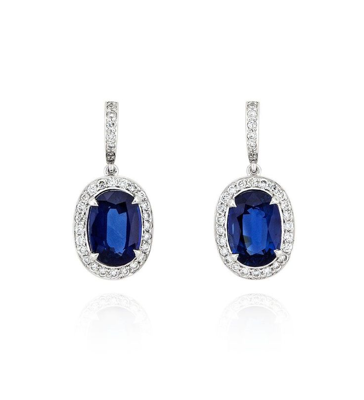An elegant oval sapphire drop set of earrings from the Boodles Vintage collection. Set with round-brilliant cut diamonds. Buy online or visit in store.