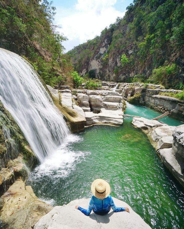 One of the most Amazing Waterfall in Sumba. . . Location : Air Terjun Tanggedu, Sumba Inframe : @marischkaprue  . . #sumba #visitsumba #tarimbangbeach #danauwaekuri #mandorakbeach #walakiribeach #airterjunlapopu #pantaitarimbang #kampungadatratenggaro #desaadatratenggaro #sumba #pulausumba #ExploreSumba #opentripsumba #tripsumba #tukangjalantrip #PesonaIndonesia #exploreindonesia #WonderfullIndonesia #ExploreNusantara #Liburan #liburanseru #liburanmurah  #Traveling #Travel #Tour…
