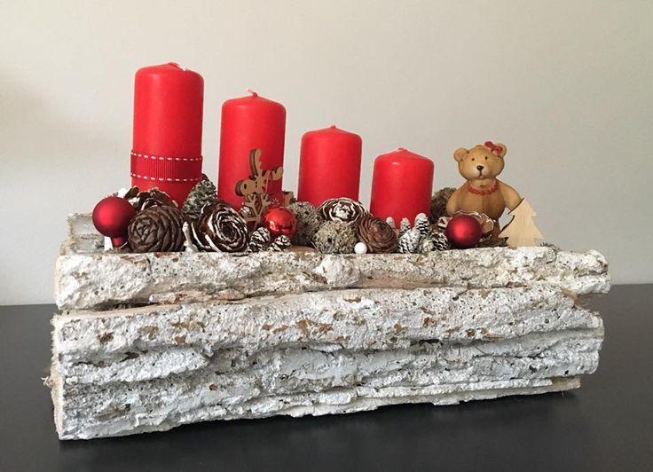 Fehér fakérges macival   / advent   karácsony  koszorú  gyertya  egyedi  saját készítésű  ünnep  maci  toboz /