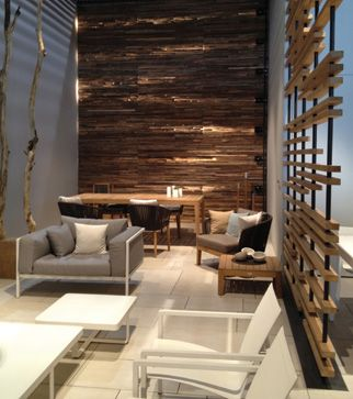 For a very relaxing waiting area.... Aveda salons would benefit from this look #relax #salondesign