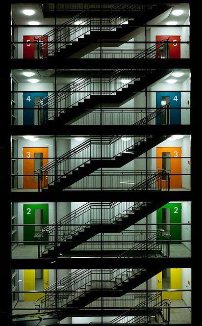 Colour .......