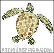 Bubble Wrap Sea Turtle Craft www.daniellesplace.com