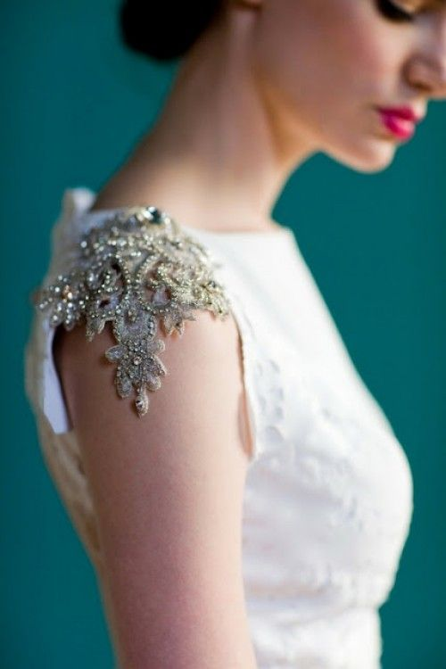 gorgeous bead work with red lipstick <3