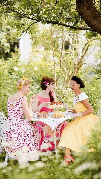garden tea party ✿⊱╮