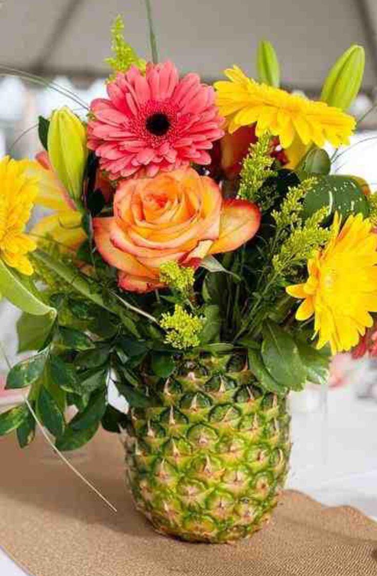Flowers & pineapple
