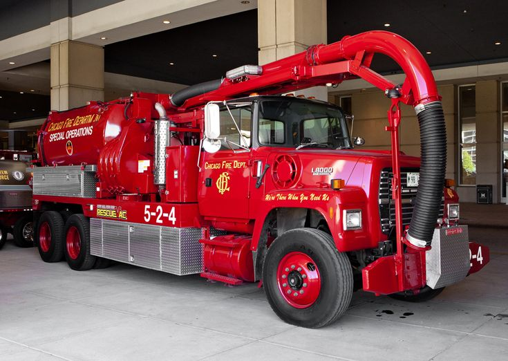 Chicago Fire Department Rescue Vac 524 5-2-4 sewer vac