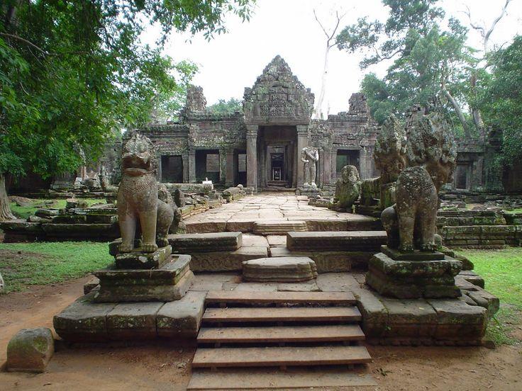 Entrada_templo_Angkor_Wat.JPG (1600×1200)
