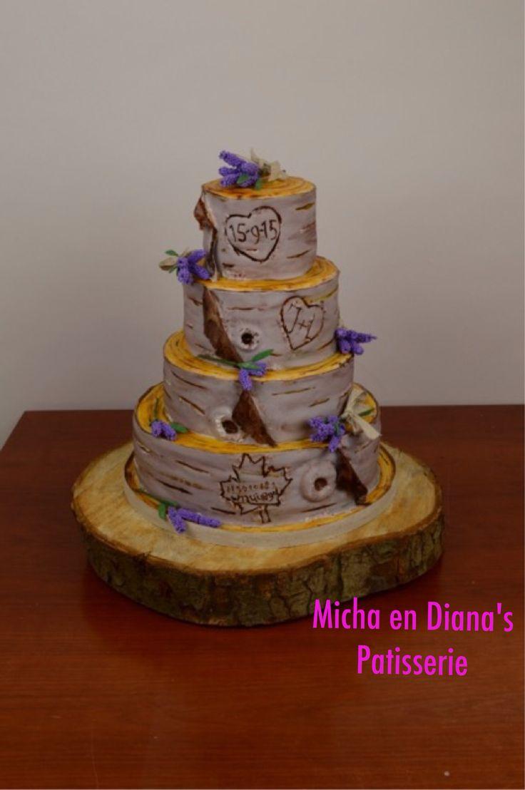Boomstammen taart met lavendel.