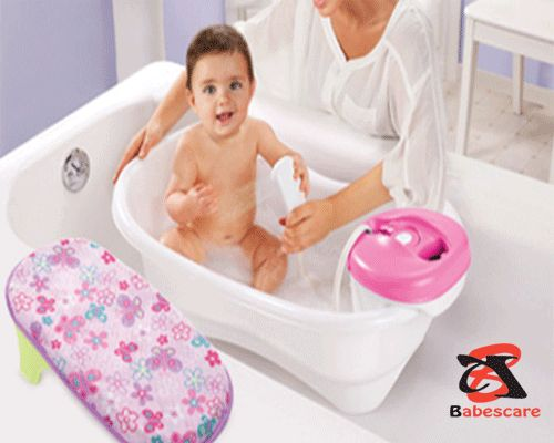There are several models on the market. We want to help you achieve a good investment through this guide to buy the best baby bath seat.   When making a comparison of bath seats for babies, you will realize that, in their majority, they have 3 or 4 non-slip legs or like suction cups in their base so that they can be fixed to the surface of the shower or bathtub.