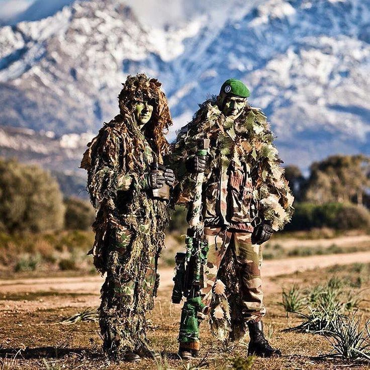Snipers of French 2ème REP (French Foreign Legion / Airborne) after a training course in Corsica.