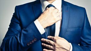 In a list of things made wrong in fashion for men we can add the wearing of a tie of an incorrect length. This is a masculine fashion and it is the top places in the men' top mistakes. http://seoday.co.uk/what-mistakes-to-avoid-when-wearing-a-tie/