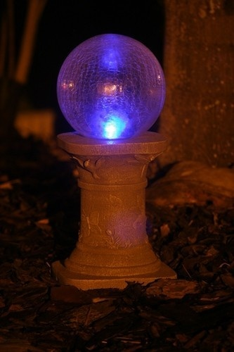 25+ Unique Yard Globe Ideas On Pinterest | Rock Garden Art, Garden Globes  And Garden Lighting Globes