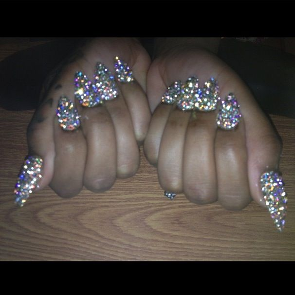 Can you say BLING!!!  Wanna see more? Follow me  Pinterest : @theylovecyn_