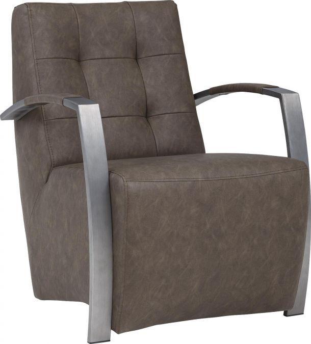 Savannah is een ruige fauteuil met sierstiksels op de rug. De stoere uitstraling van Savannah van bycasta normal taupe wordt goed gecombineerd met de strakke armleuningen. De strakke armleuning van RVS wordt gedeeltelijk bekleed, voor een zachte touch. Savannah geeft ieder interieur een stoer vintage uitstraling.