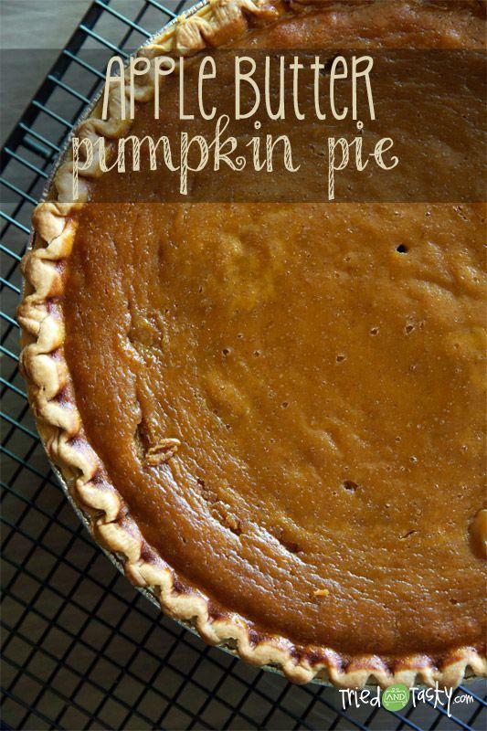Apple Butter Pumpkin Pie // A delicious new twist on your traditional pumpkin pie! @TriedandTasty