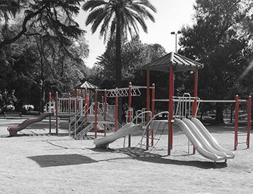 Juegos infantiles  (Parque Forestal)