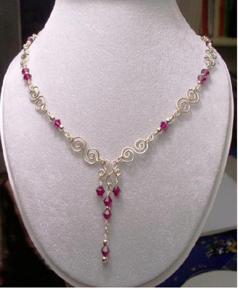 Lovely necklace...not a link...sorry