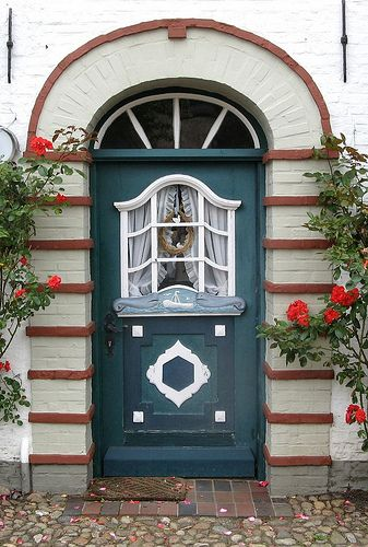 Door in Schleswig, Schleswig-Holstein, Germany. It is the capital of the Kreis Schleswig-Flensburg.