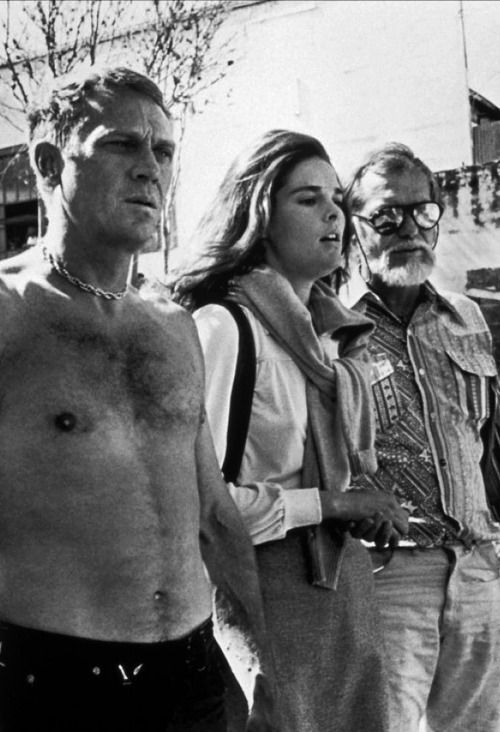 Steve McQueen, Ali MacGraw & Sam Peckinpah on the set of The Getaway.  ☑  Sam Page ☺