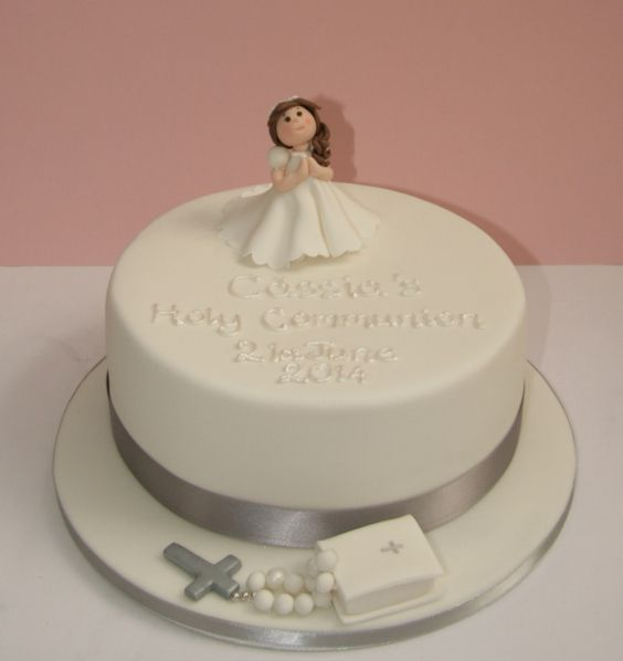 Best 25 first communion cakes ideas on pinterest for 1st holy communion cake decoration ideas