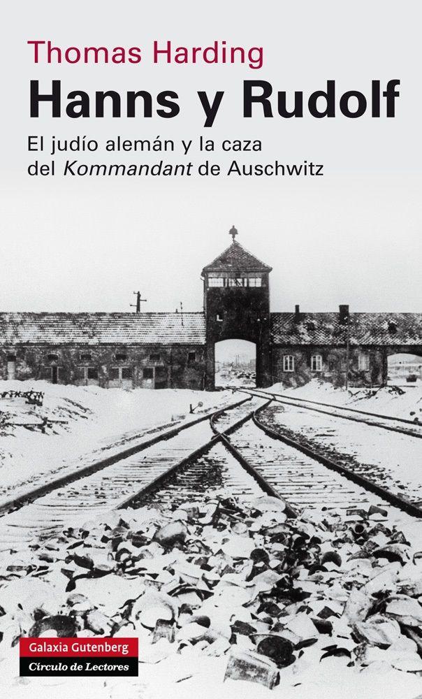 Eran los meses de invierno de 1946. Hanns Alexander -alemán, judío- se propone encontrar a Rudolf Höss, el Kommandant de Auschwitz y responsable de la muerte de más de dos millones de personas. Höss había huido a través de un continente en ruinas y se ocultaba bajo una nueva identidad. Era, además, el único hombre cuyo testimonio podía garantizar que se hiciera justicia en Núremberg y saliera a la luz toda la dimensión del Holocausto.