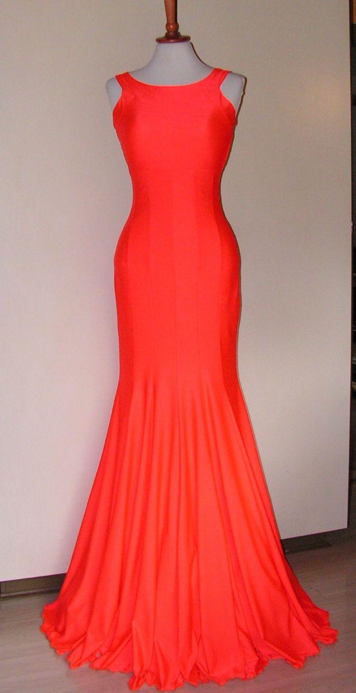Gallakjole i neon orange. Se flere kjoler på min Facebook side og DEL&LIKE gerne https://www.facebook.com/pages/Doris-Vestergaard-Design/110763765613494