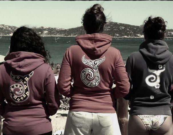 #girls #friends #jungle #surf