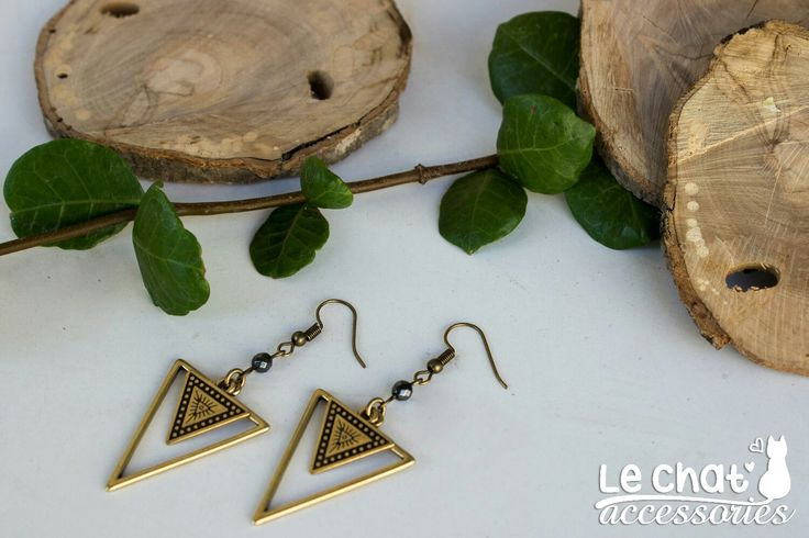 Excited to share the latest addition to my #etsy shop: Triangle earrings with ethnic motif #jewelry #earrings #triangle #geometric #minimalist #triangleearrings #geometricearrings #geomericjewelry http://etsy.me/2AxFez5