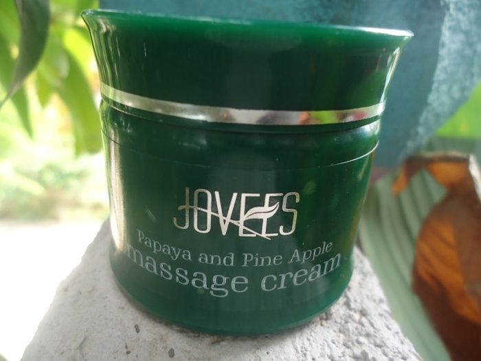 #Jovees #SkinRejuvenation #Fruit #Facial #Kit #Review #price and details on the blog #Citrus and #Blackberry #Cleanser #Honey #Scrub #papaya #pineapple #Massage #Cream